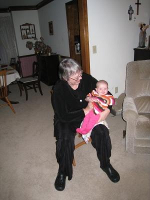 grandma-mary-and-kivrin-2-112708