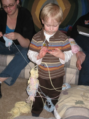 crocheting-with-a-three-year-old
