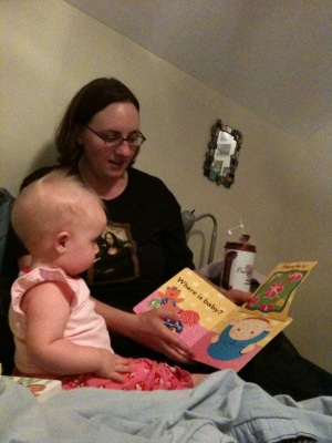 reading with mommy 4