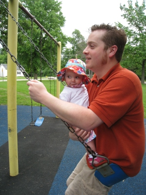 swinging with daddy at woodland park
