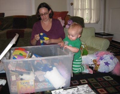 kivrin looking in the box