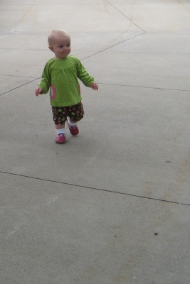 kivrin walking at the zoo 2