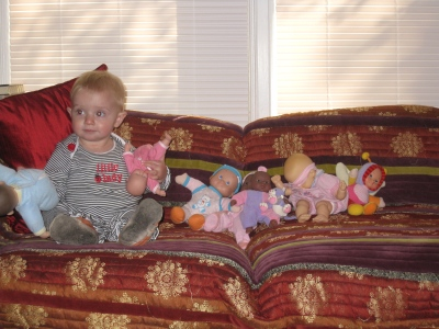 kivrin and her dolls