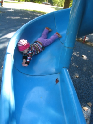 kivrin on slide face first